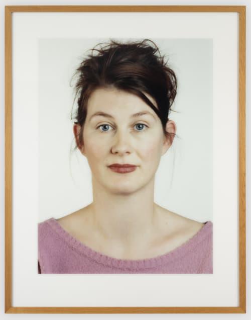 Thomas Ruff ondermijnt met zijn portretten de klassieke methode van portretfotografie.