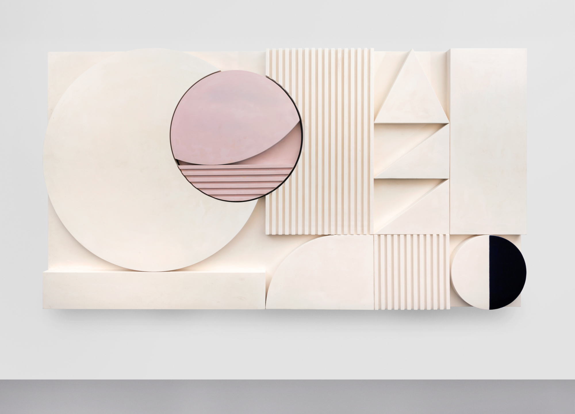 Electric Eclipse by Martine Feipel and Jean Bechameil is a visual sum of strict geometric shapes in immaculate white